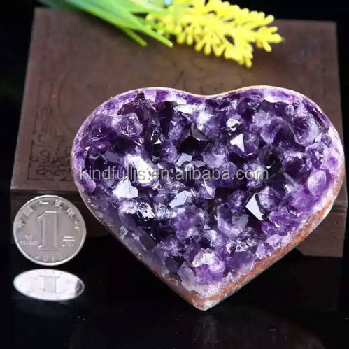 Mini heart shaped natural amethyst cluster geodes for wedding gifts
