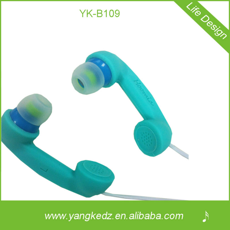 MP3/MP4/Mobile phone/Tablet PC/PSP/Portable media player Use and In-Ear Style silicon earphone
