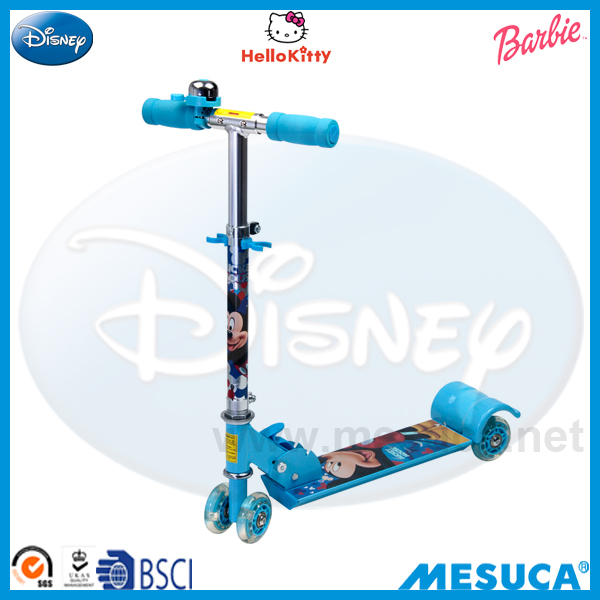 Disney Mickey Shaped Printing Aluminum 4-Wheel Scooter