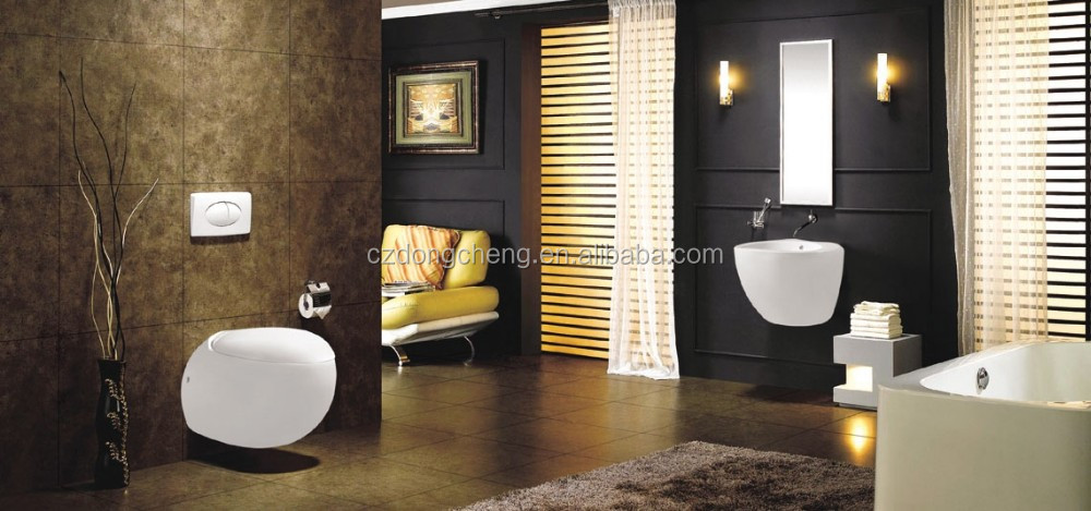 new fashion design Luxury golden washdown one piece toilet