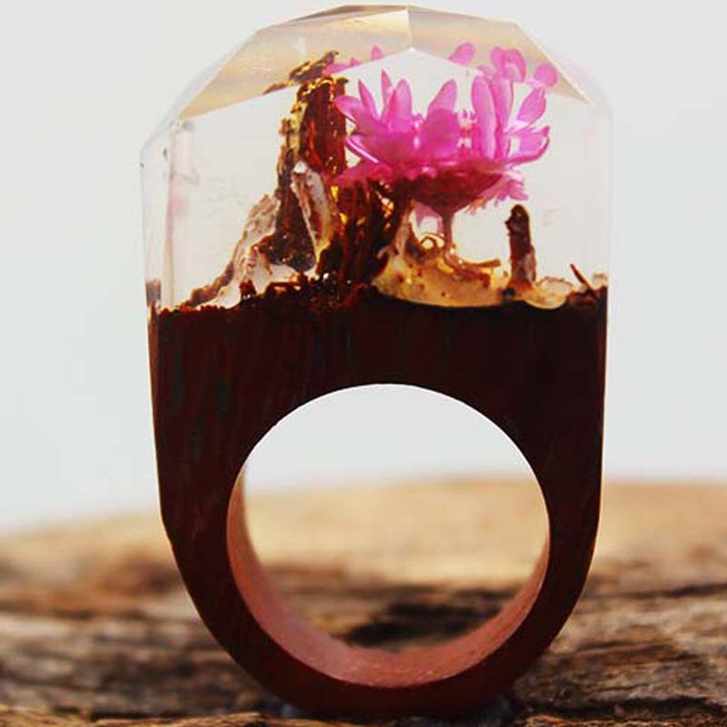 2017 fashion jewelry surprised gift mysterious world secret wood ring handmade by red rosewood resin rings