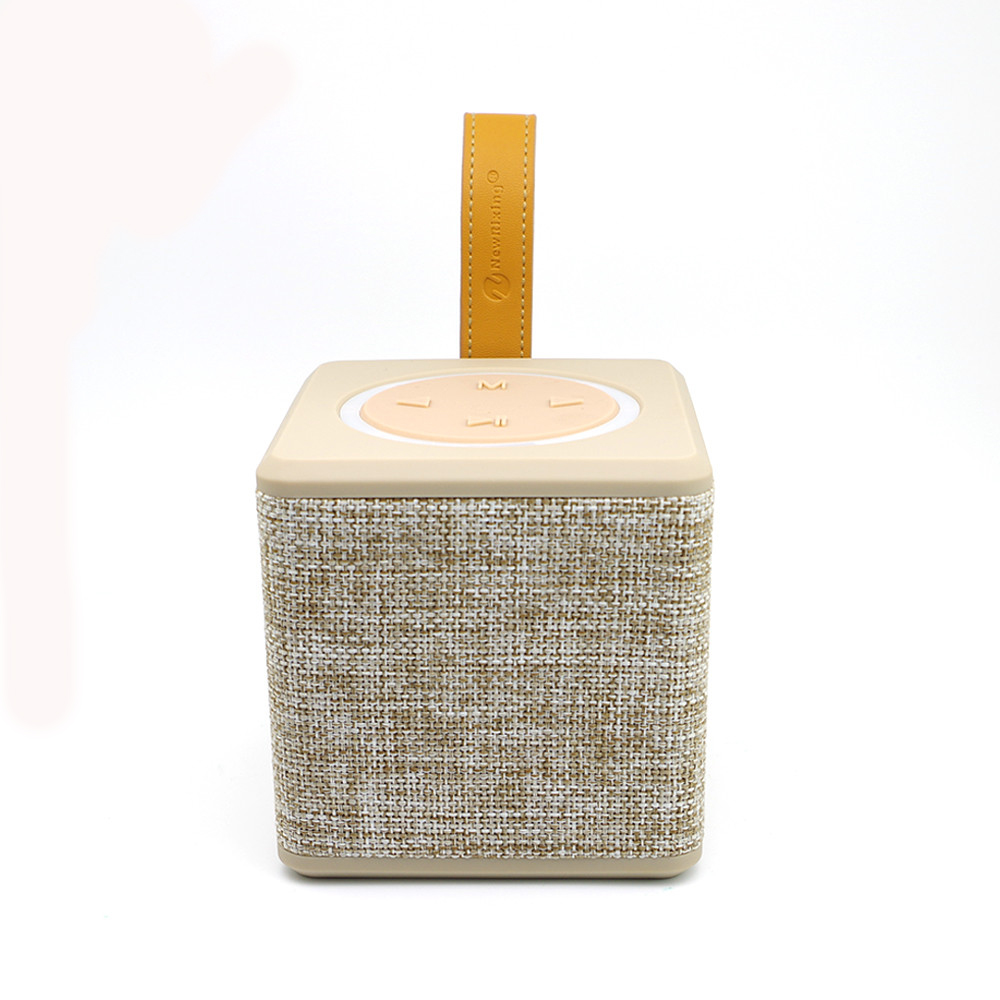 New Arrival Retro Fabric Portable Bluetooth Speaker with Leather Handle