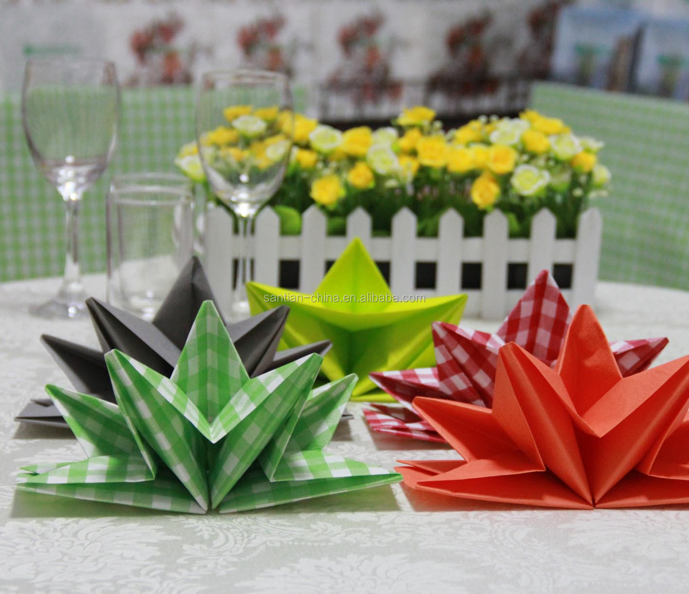 Pre-folded Paper Napkin Folding Dinner Napkins plain Coloured High-end Romantic Decorative Collapsible