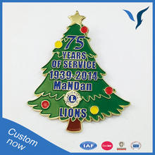 Wholesale Christmas Holiday Decoration Lapel Pins