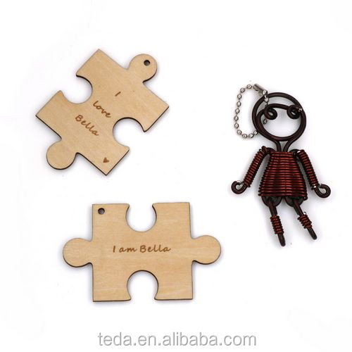 Popular laser cut and engraved wood family house key holder