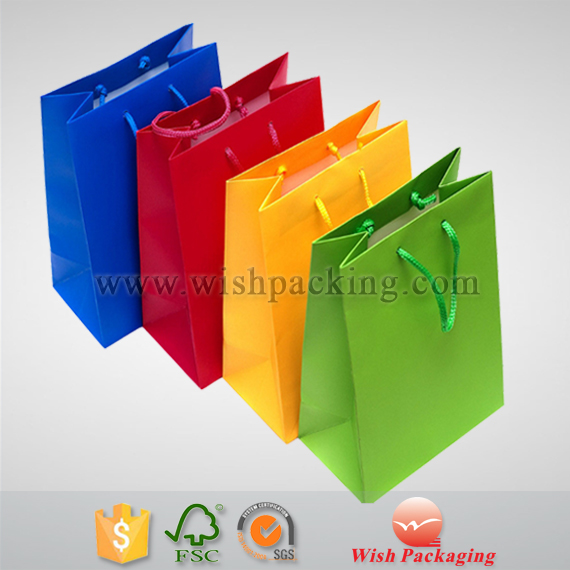 High end Customized perfume / cosmetic paper bag