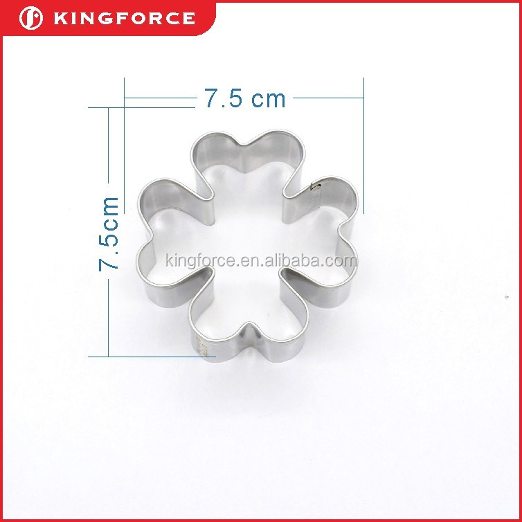 high quality 7.5cm stainless steel flower cookie cutter