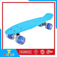 22'' Plastic board and ABCE-7 bearing fish skateboard