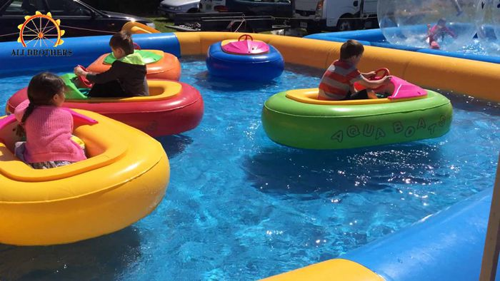 Water pool Colorful and animals style inflatable bumper boat tube for sale