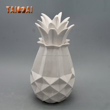 white ceramic decorative pineapple for home decoration