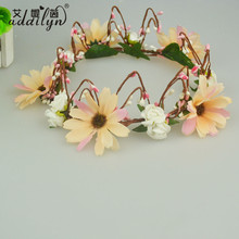 PE /Fabric Flower Princess Crowns for Sale with Branch