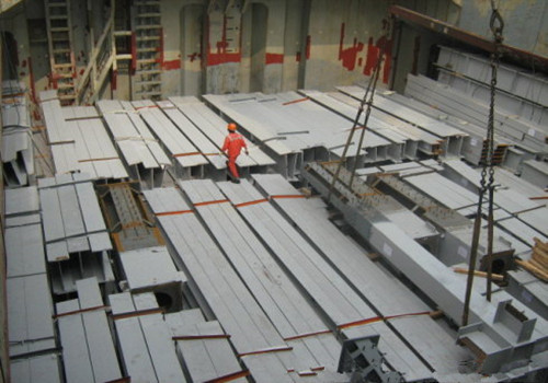 Structural Steel U/C Channel with pouching for building
