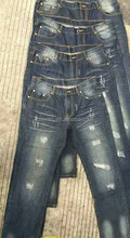 Readymade garment cheap price 100%cotton casual jeans men stocklot