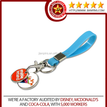Promotion custom silicone rubber keyring with trolley coin