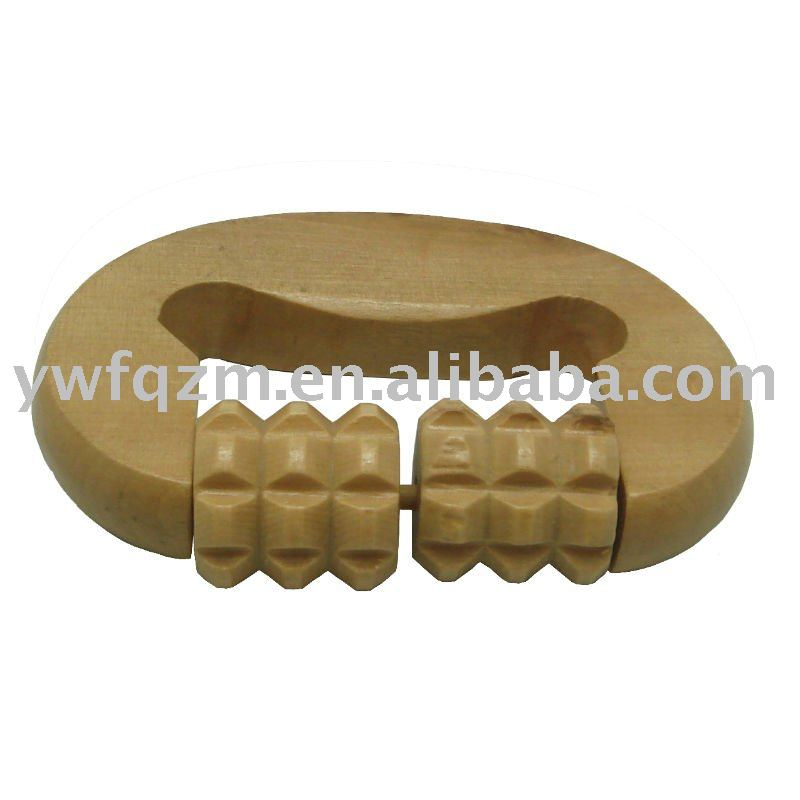 Wood palm massager