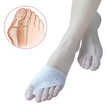 Daily use super soft Silicone hole type Comfortable breathable Hallux Valgus Orthosis Toe Separator Forefoot Pad