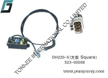 DAEWOO DH220-5 Electric parts excavator throttle motor Square,excavator stepper motor for DAEWOO DH220-5 52300006 China supplier