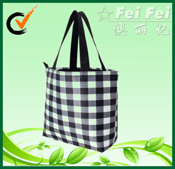 Classic black and white grid printing 300D polyester shopping bag