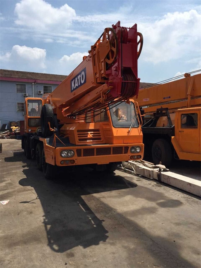 Original from Japan Kato NK350E Used Truck Mounted Crane 35 ton for Sale Cheap