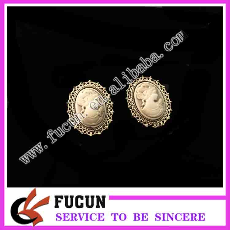 Fashion Jewelry style Antique Gold Silver Plating Vintage cameo brooch