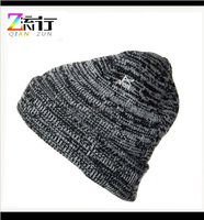 Cheap 100% Acrylic Wholesale Custom Embroidery Knitted AB Yarn Plain Cuff Winter Beanie Hat/Cap