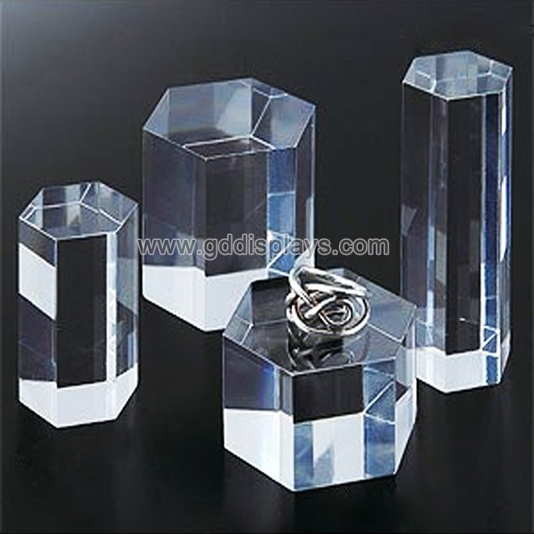 modern counter top acrylic jewelry display