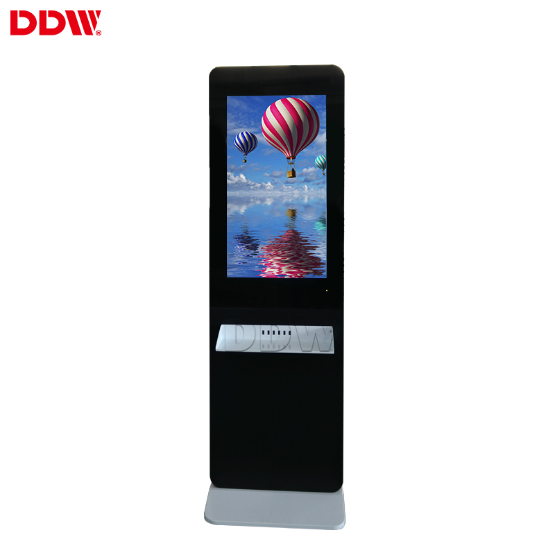 Hight Quality Low Price 32 inch lcd advertising display ad player sd phone charging station