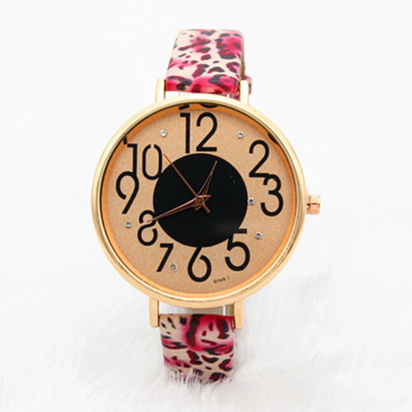 Manufacturer Supplies Custom Made Women Leopard Bracelet Watches