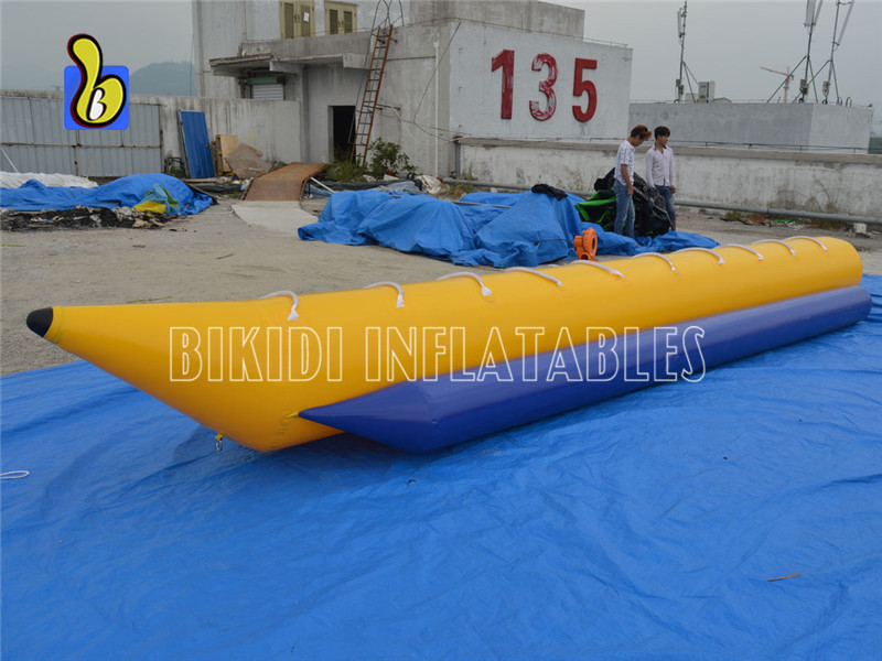 Durable PVC Inflatable Flying Banana Boat for 8 Persons