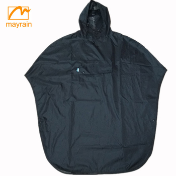 2017 Hot Promotional Red Adult PVC Rain Ponchos