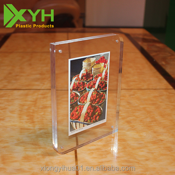 Factory Customized Acrylic / Plexiglass Photo Picture Frame Display Stand With Magnet