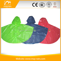 fashion design kids rain ponchos/lovely cheap pvc rain ponchos for kids