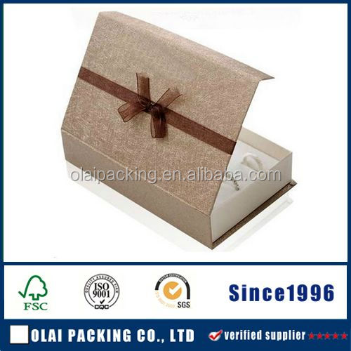 China custom logo recycled cardboard packaging magnetic closure foldable paper gift boxes wholesale