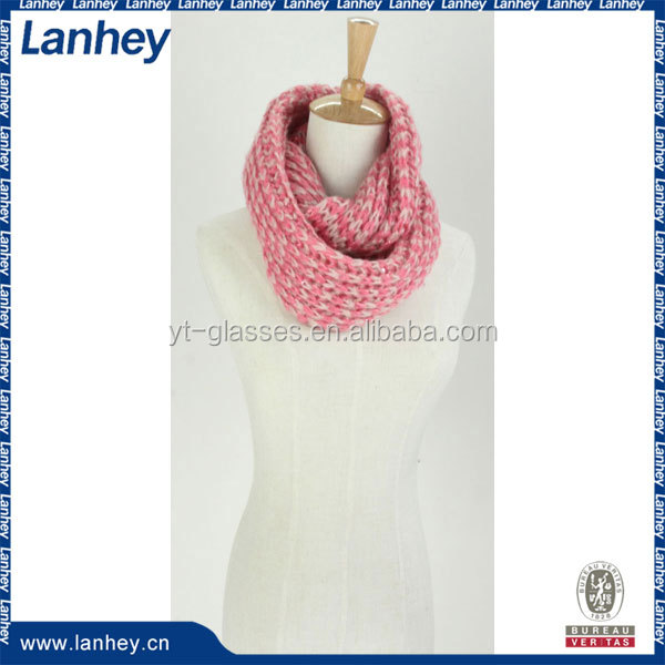 Wholesale feather yarn knitted scarf