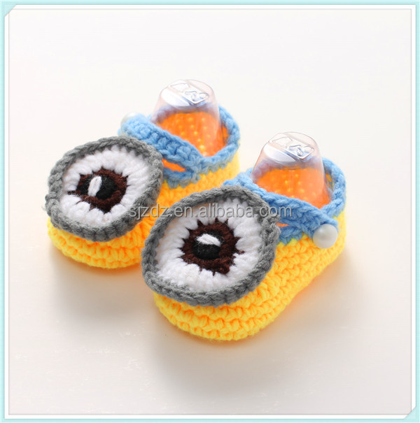 Newborn Baby White Unisex Crochet Shoes
