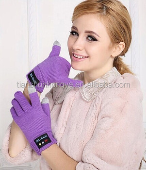 Customized acrylic knitted bluetooth Gloves