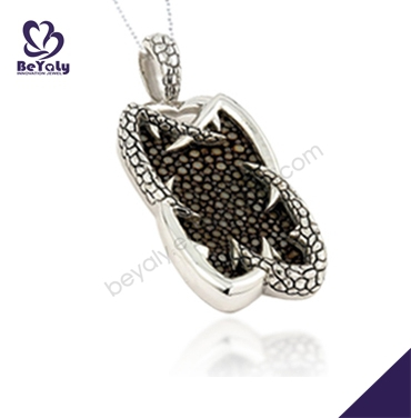 Rough design black dotted silver snake design necklaces