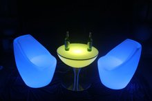 Cheap glowing rechargeable led furniture/illuminated plastic led cocktail table/nightclub table