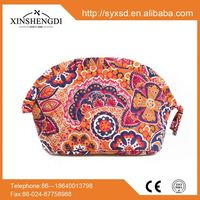2016 wholesale Personality textile printing duffel lady oem Cotton Quilted Make Up Bag