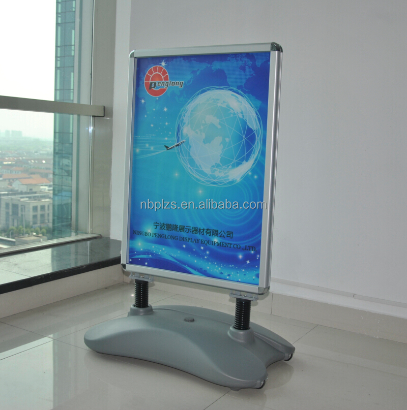 Hot aluminum frame standing,advertising poster display stands,wind stand snap frames b2