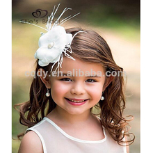 2015 fancy lovely Girls white flower hair accessories/white Floral Fairy baby headwear with feather
