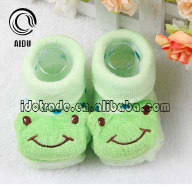 Good Market Wholesale Elite Green Cute Frog Solid Patterned Baby Socks In Hot Sale