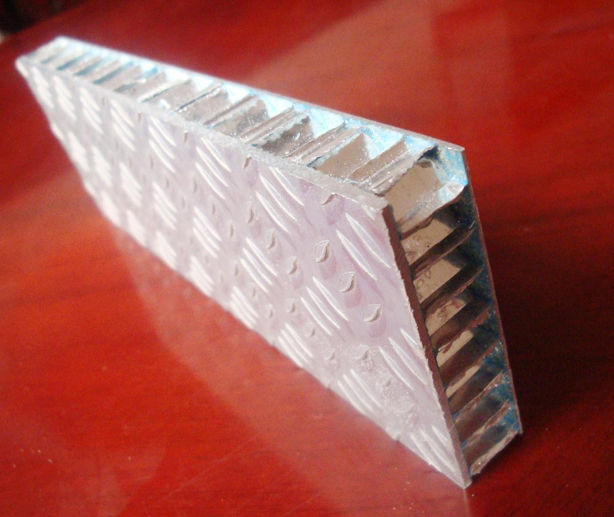 nid d 39 abeille en aluminium damier panneau pour plancher. Black Bedroom Furniture Sets. Home Design Ideas