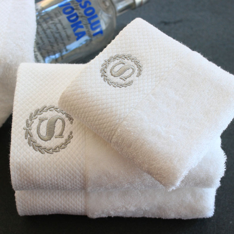 large size cotton white bath <strong>towel</strong>