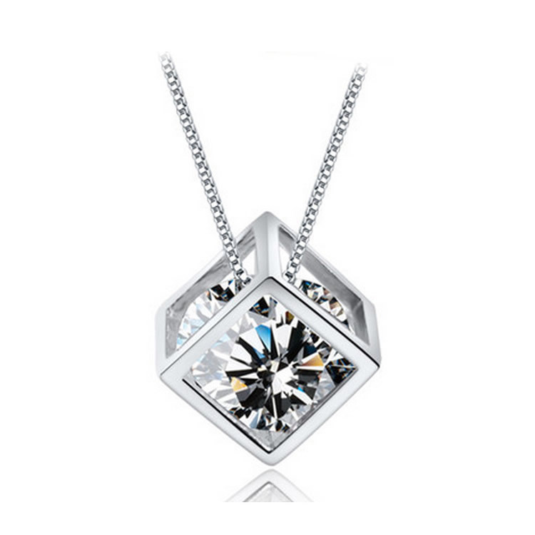Fashion Silver Pendant Diamond Zircon Jewelry