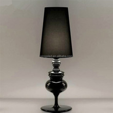 Italian style neo-classical white / gold / black table lamp bedside lamp for hotel project