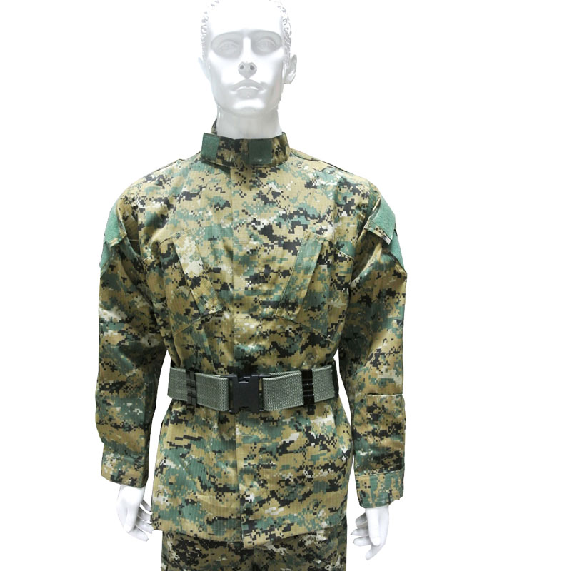 Men's Outdoor Digital Woodland US Army Combat Uniform