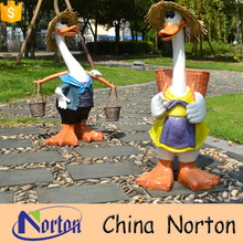 life size garden decorations Straw hat duck resin small animal sculpture for sale NT-FSD005