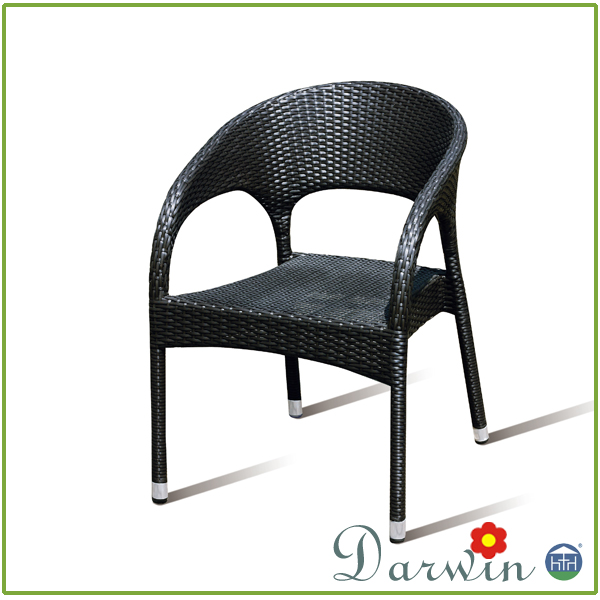 Hotsale PE Rattan Wicker Patio Restaurant Table And Chair Used Dining Room Furniture For Sale