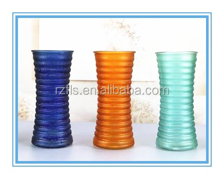 Fulaishan 2017 hot sale across lines round frosted colorful glass vase